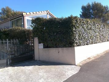 Maison Le Castellet &bull; <span class='offer-area-number'>45</span> m² environ &bull; <span class='offer-rooms-number'>3</span> pièces