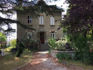 Maison Romans sur Isere &bull; <span class='offer-area-number'>200</span> m² environ &bull; <span class='offer-rooms-number'>7</span> pièces