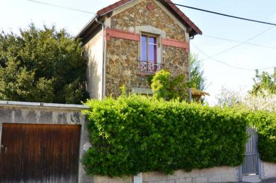 Maison Le Raincy &bull; <span class='offer-area-number'>63</span> m² environ &bull; <span class='offer-rooms-number'>4</span> pièces