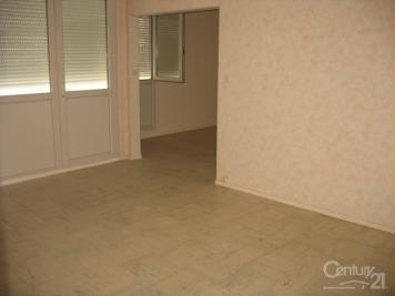 Appartement Castelsarrasin &bull; <span class='offer-area-number'>80</span> m² environ &bull; <span class='offer-rooms-number'>4</span> pièces