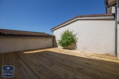 Villa La Tour du Pin &bull; <span class='offer-area-number'>104</span> m² environ &bull; <span class='offer-rooms-number'>4</span> pièces