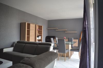 Appartement Boussy St Antoine &bull; <span class='offer-area-number'>93</span> m² environ &bull; <span class='offer-rooms-number'>5</span> pièces
