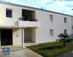 Appartement Tonnay Charente &bull; <span class='offer-area-number'>64</span> m² environ &bull; <span class='offer-rooms-number'>3</span> pièces