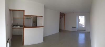 Appartement Mirepeix &bull; <span class='offer-area-number'>60</span> m² environ &bull; <span class='offer-rooms-number'>3</span> pièces