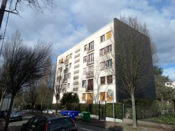 Appartement Le Raincy &bull; <span class='offer-area-number'>55</span> m² environ &bull; <span class='offer-rooms-number'>3</span> pièces