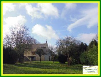 Maison La Guerche sur L Aubois &bull; <span class='offer-area-number'>110</span> m² environ &bull; <span class='offer-rooms-number'>5</span> pièces