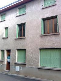 Maison St Germain Lembron &bull; <span class='offer-area-number'>126</span> m² environ &bull; <span class='offer-rooms-number'>5</span> pièces