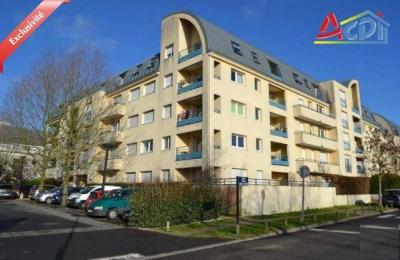 Appartement Cergy &bull; <span class='offer-area-number'>46</span> m² environ &bull; <span class='offer-rooms-number'>2</span> pièces