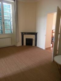 Appartement St Berthevin &bull; <span class='offer-area-number'>81</span> m² environ &bull; <span class='offer-rooms-number'>2</span> pièces