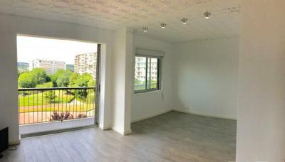 Appartement Fresnes &bull; <span class='offer-area-number'>68</span> m² environ &bull; <span class='offer-rooms-number'>3</span> pièces