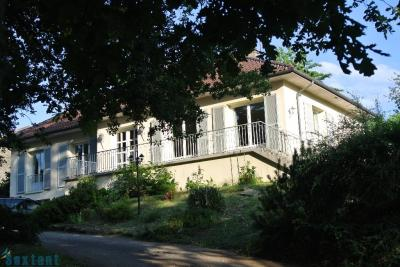 Maison Isle &bull; <span class='offer-area-number'>170</span> m² environ &bull; <span class='offer-rooms-number'>6</span> pièces