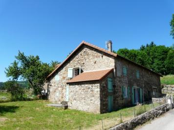 Ferme Le Lac D Issarles &bull; <span class='offer-area-number'>80</span> m² environ &bull; <span class='offer-rooms-number'>5</span> pièces