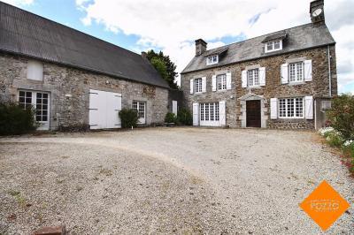 Maison Tourville sur Sienne &bull; <span class='offer-area-number'>194</span> m² environ &bull; <span class='offer-rooms-number'>7</span> pièces