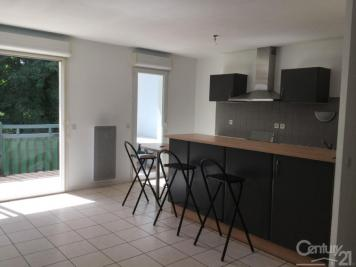Appartement St Pierre d Irube &bull; <span class='offer-area-number'>63</span> m² environ &bull; <span class='offer-rooms-number'>3</span> pièces