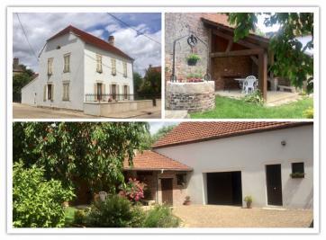 Maison Pagny la Ville &bull; <span class='offer-area-number'>200</span> m² environ &bull; <span class='offer-rooms-number'>7</span> pièces