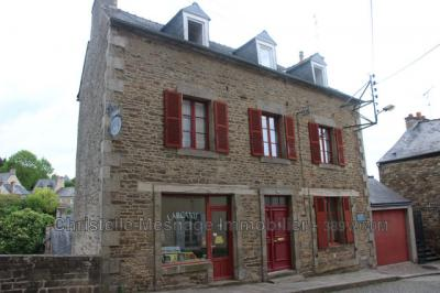 Maison Dinan &bull; <span class='offer-area-number'>182</span> m² environ &bull; <span class='offer-rooms-number'>6</span> pièces