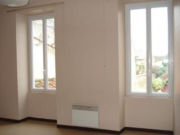 Appartement Fontenay le Comte &bull; <span class='offer-area-number'>22</span> m² environ &bull; <span class='offer-rooms-number'>1</span> pièce