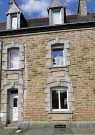 Maison Guingamp &bull; <span class='offer-area-number'>145</span> m² environ &bull; <span class='offer-rooms-number'>6</span> pièces