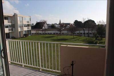 Appartement Larmor Plage &bull; <span class='offer-area-number'>48</span> m² environ &bull; <span class='offer-rooms-number'>2</span> pièces