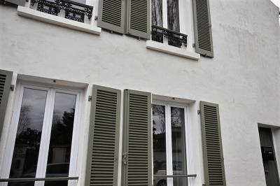 Maison Garches &bull; <span class='offer-area-number'>75</span> m² environ &bull; <span class='offer-rooms-number'>3</span> pièces