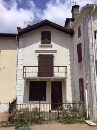 Maison Amou &bull; <span class='offer-area-number'>126</span> m² environ &bull; <span class='offer-rooms-number'>6</span> pièces