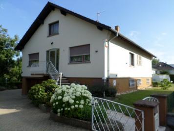 Maison Lingolsheim &bull; <span class='offer-area-number'>185</span> m² environ &bull; <span class='offer-rooms-number'>7</span> pièces