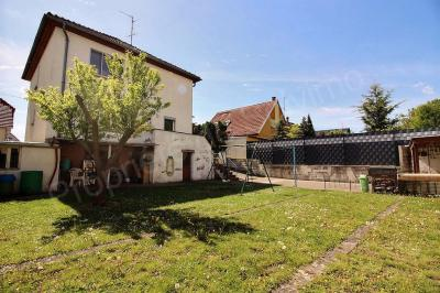 Maison Lingolsheim &bull; <span class='offer-area-number'>125</span> m² environ &bull; <span class='offer-rooms-number'>6</span> pièces