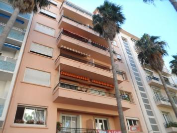 Appartement Hyeres &bull; <span class='offer-area-number'>59</span> m² environ &bull; <span class='offer-rooms-number'>3</span> pièces