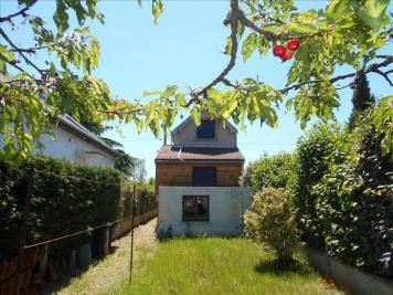 Maison Le Mesnil le Roi &bull; <span class='offer-area-number'>69</span> m² environ &bull; <span class='offer-rooms-number'>4</span> pièces