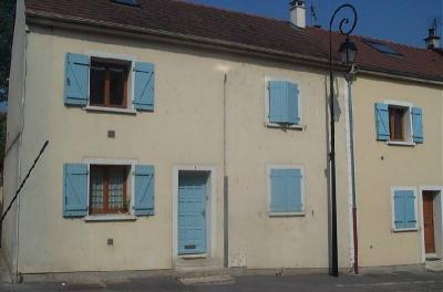 Appartement La Queue en Brie &bull; <span class='offer-area-number'>43</span> m² environ &bull; <span class='offer-rooms-number'>3</span> pièces