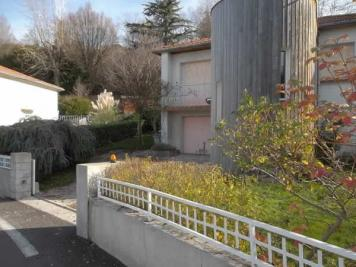 Maison Villars &bull; <span class='offer-area-number'>135</span> m² environ &bull; <span class='offer-rooms-number'>6</span> pièces