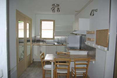 Appartement St Martin D Heres &bull; <span class='offer-area-number'>61</span> m² environ &bull; <span class='offer-rooms-number'>4</span> pièces