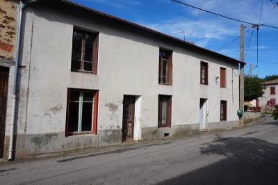 Maison Brousse &bull; <span class='offer-area-number'>150</span> m² environ &bull; <span class='offer-rooms-number'>5</span> pièces
