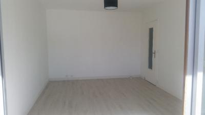 Appartement Boissy St Leger &bull; <span class='offer-area-number'>28</span> m² environ &bull; <span class='offer-rooms-number'>1</span> pièce