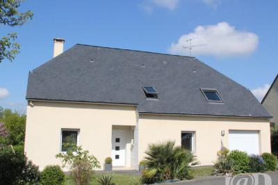 Maison Louverne &bull; <span class='offer-area-number'>159</span> m² environ &bull; <span class='offer-rooms-number'>8</span> pièces