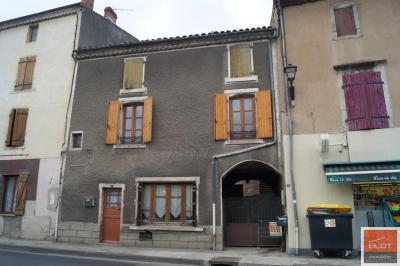 Maison Plauzat &bull; <span class='offer-area-number'>78</span> m² environ &bull; <span class='offer-rooms-number'>6</span> pièces