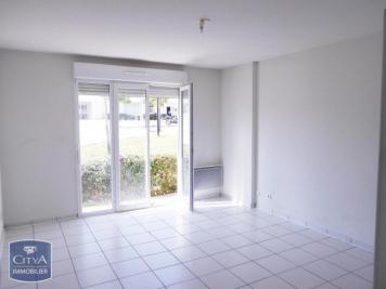 Appartement Issoire &bull; <span class='offer-area-number'>39</span> m² environ &bull; <span class='offer-rooms-number'>2</span> pièces