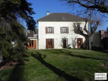 Maison Maurecourt &bull; <span class='offer-area-number'>249</span> m² environ &bull; <span class='offer-rooms-number'>10</span> pièces