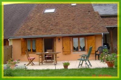 Maison Sury Es Bois &bull; <span class='offer-area-number'>80</span> m² environ &bull; <span class='offer-rooms-number'>4</span> pièces