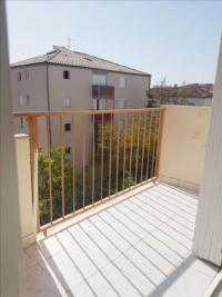 Appartement Toulon &bull; <span class='offer-area-number'>50</span> m² environ &bull; <span class='offer-rooms-number'>3</span> pièces