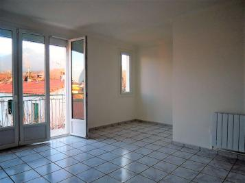Appartement Prades &bull; <span class='offer-area-number'>56</span> m² environ &bull; <span class='offer-rooms-number'>2</span> pièces