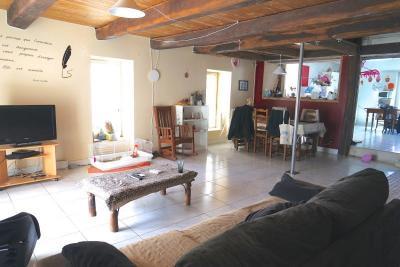 Maison St Laurent de la Pree &bull; <span class='offer-area-number'>132</span> m² environ &bull; <span class='offer-rooms-number'>4</span> pièces