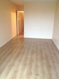 Appartement Le Mesnil St Denis &bull; <span class='offer-area-number'>28</span> m² environ &bull; <span class='offer-rooms-number'>1</span> pièce