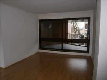 Appartement Le Chesnay &bull; <span class='offer-area-number'>75</span> m² environ &bull; <span class='offer-rooms-number'>3</span> pièces