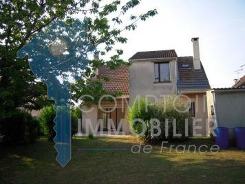Maison La Ferte Alais &bull; <span class='offer-area-number'>113</span> m² environ &bull; <span class='offer-rooms-number'>5</span> pièces