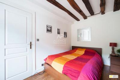 Appartement Le Mesnil le Roi &bull; <span class='offer-area-number'>78</span> m² environ &bull; <span class='offer-rooms-number'>4</span> pièces