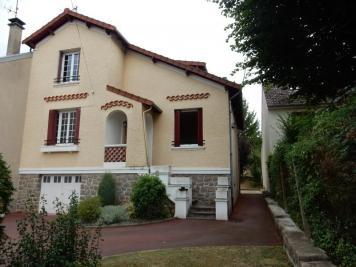 Maison Neris les Bains &bull; <span class='offer-area-number'>140</span> m² environ &bull; <span class='offer-rooms-number'>9</span> pièces