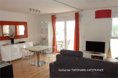 Appartement Montelimar &bull; <span class='offer-area-number'>56</span> m² environ &bull; <span class='offer-rooms-number'>3</span> pièces