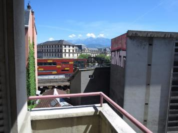 Appartement Grenoble &bull; <span class='offer-area-number'>33</span> m² environ &bull; <span class='offer-rooms-number'>1</span> pièce