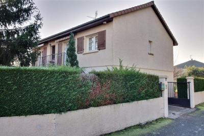 Maison Le Coteau &bull; <span class='offer-area-number'>115</span> m² environ &bull; <span class='offer-rooms-number'>5</span> pièces